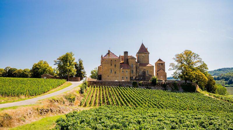 Tourisme en Bourgogne - Château de Pierreclos